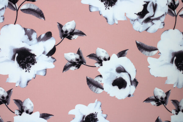 Tkanina Drukowana Sukienkowa Garniturowa Kwiaty Brzoskwiniowe Tło